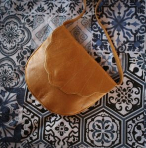 Summer Tan | Cross Body by Jan Pierewiet