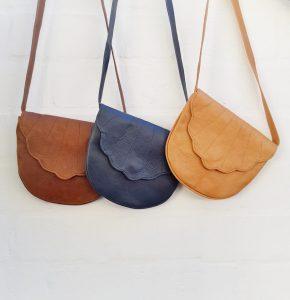 Colour options Leather Poutjie