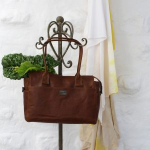 Peaking-Patrys-Leather-bag